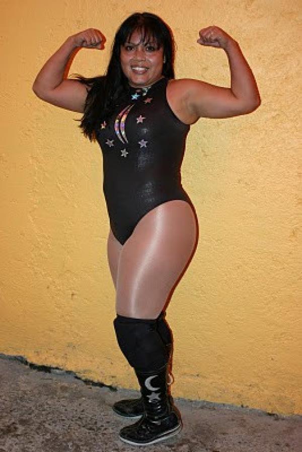 Luna M 225 Gica Profile Amp Match Listing Internet Wrestling